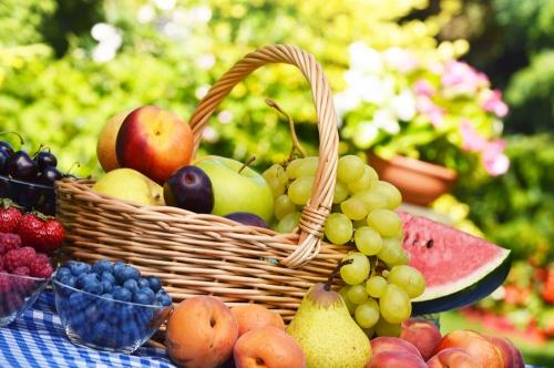 昆明专业医院谈少吃含有维生素C的食物能不能预防白癜风呢?